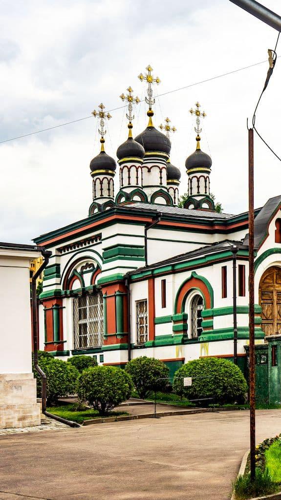 cerkov-ioanna-zlatousta-v-rozhdestvenskom_02