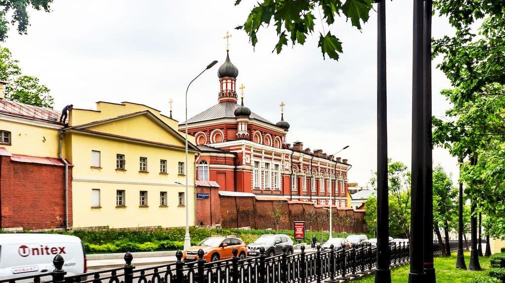 kazanskaya-cerkov-v-rozhdestvenskom-monastyre_01