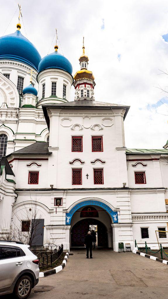 tolgskaya-cerkov-v-nikolo-perervinskom-monastyre_02
