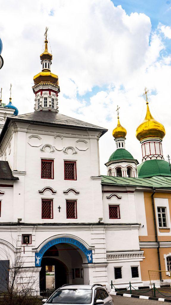 tolgskaya-cerkov-v-nikolo-perervinskom-monastyre_03