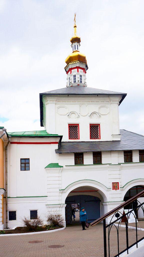 tolgskaya-cerkov-v-nikolo-perervinskom-monastyre_16