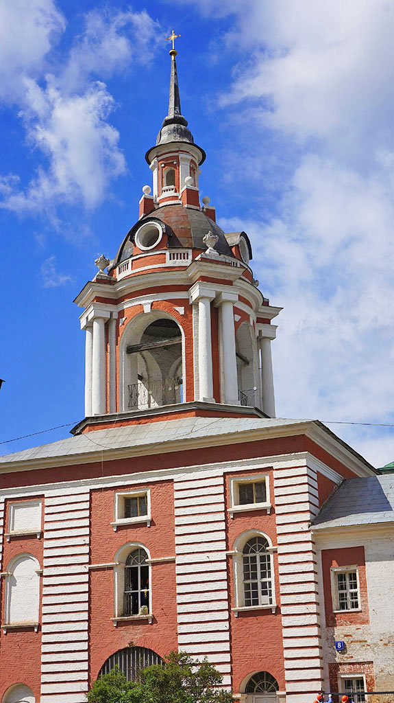 kolokolnya-byvshego-znamenskogo-monastyrya_05