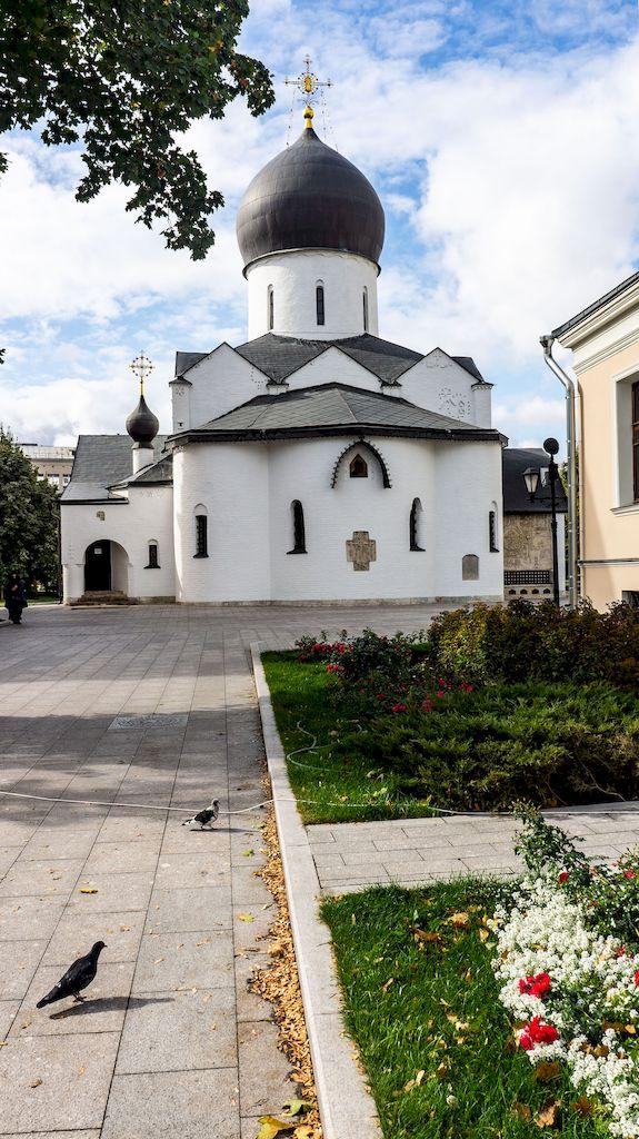 pokrovskij-sobor-v-marfo-mariinskoj-obiteli_01
