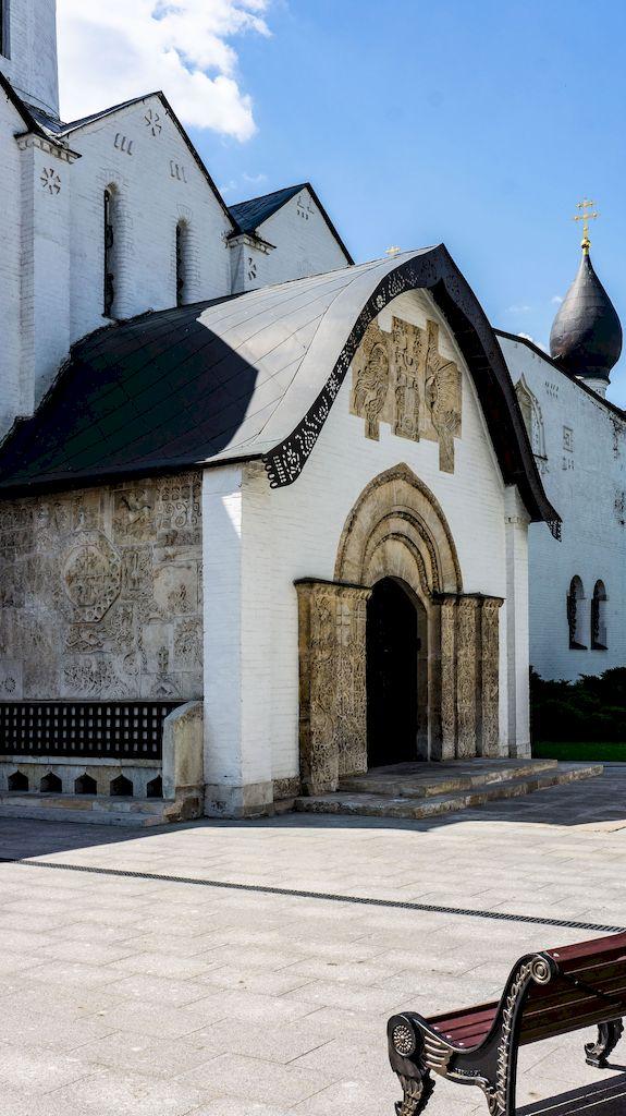 pokrovskij-sobor-v-marfo-mariinskoj-obiteli_10
