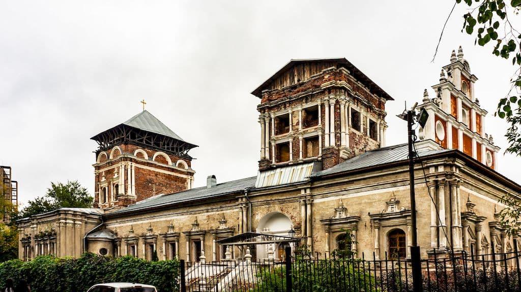 tihvinskaya-cerkov-v-simonovom-monastyre_04