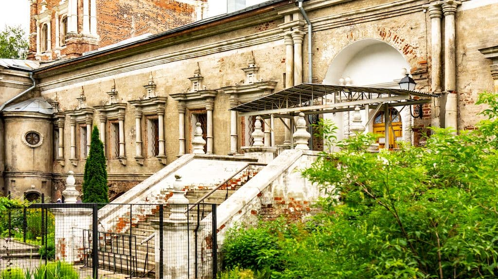 tihvinskaya-cerkov-v-simonovom-monastyre_11