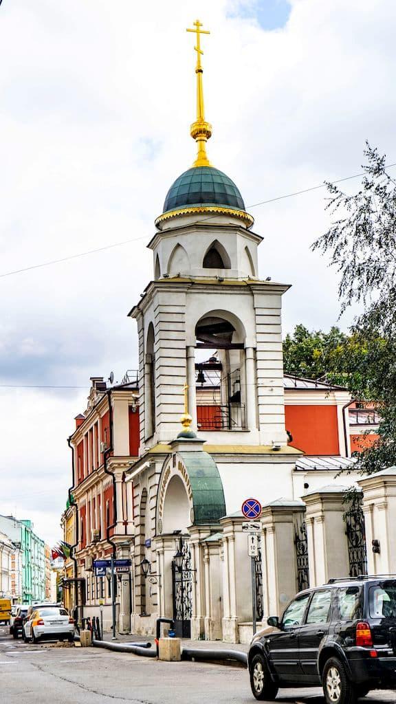 soloveckoe-podvore-na-sadovnicheskoj-ulice_01