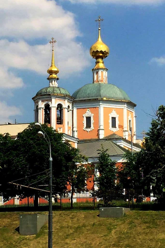 moskovskoe-podvore-svyato-troickoj-sergievoj-lavry_01