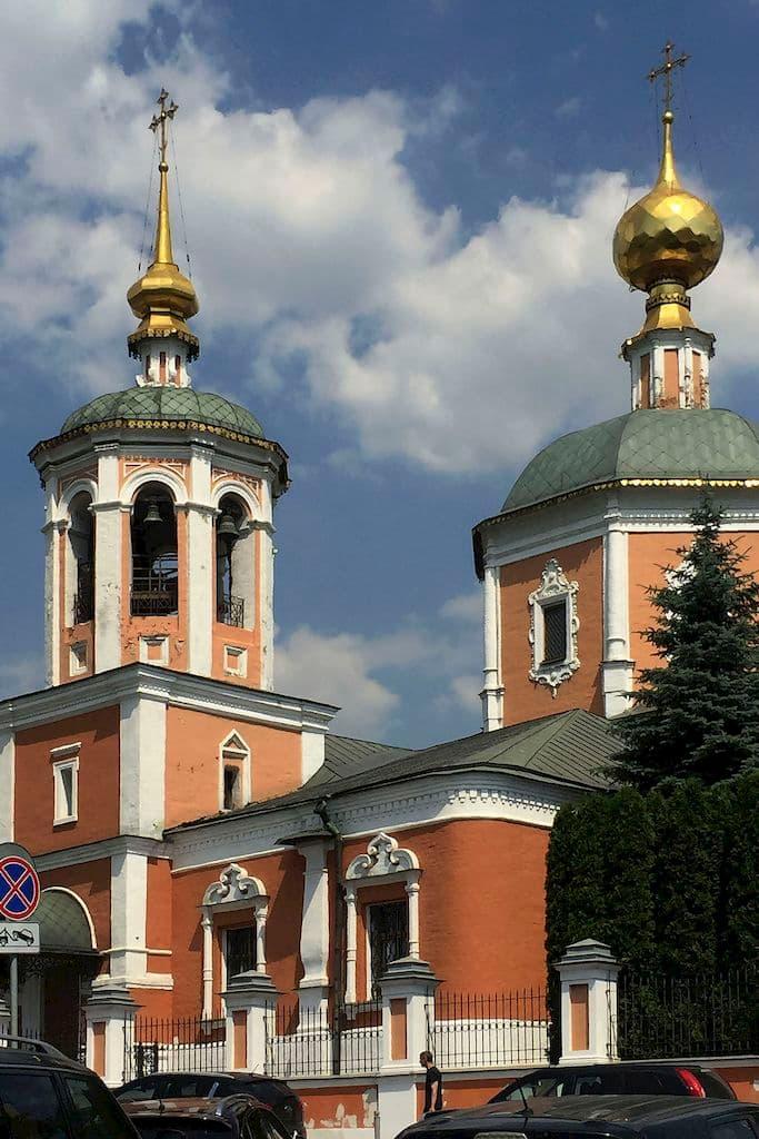 moskovskoe-podvore-svyato-troickoj-sergievoj-lavry_06