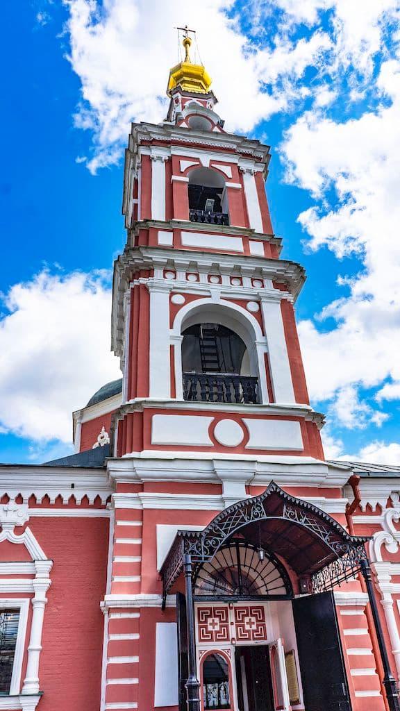podvore-serbskoj-pravoslavnoj-cerkvi_15