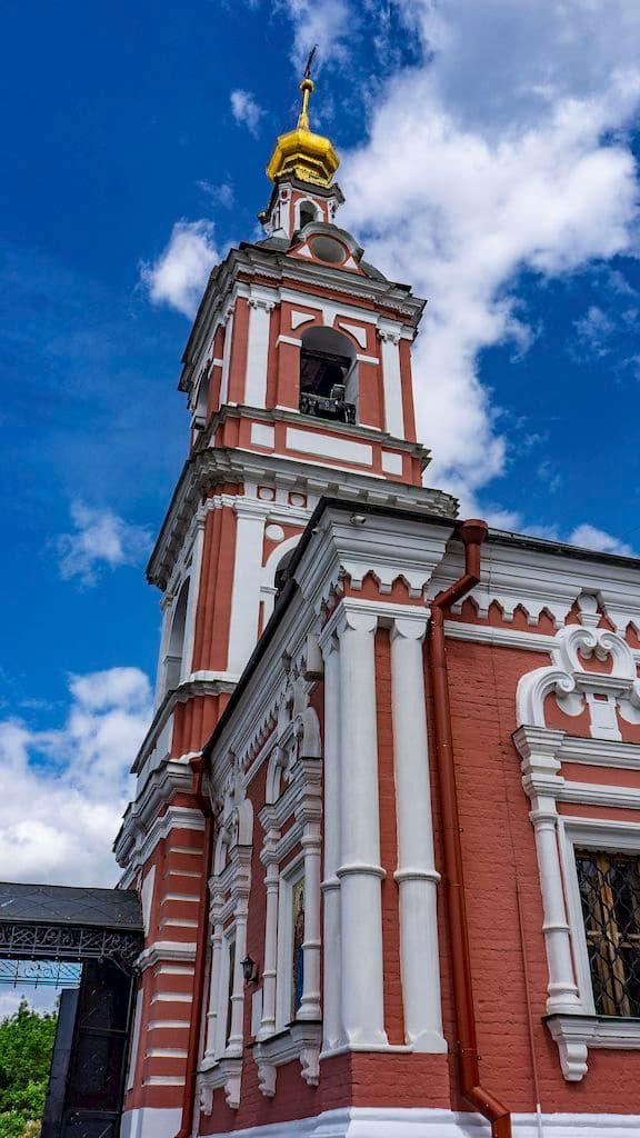 podvore-serbskoj-pravoslavnoj-cerkvi_19