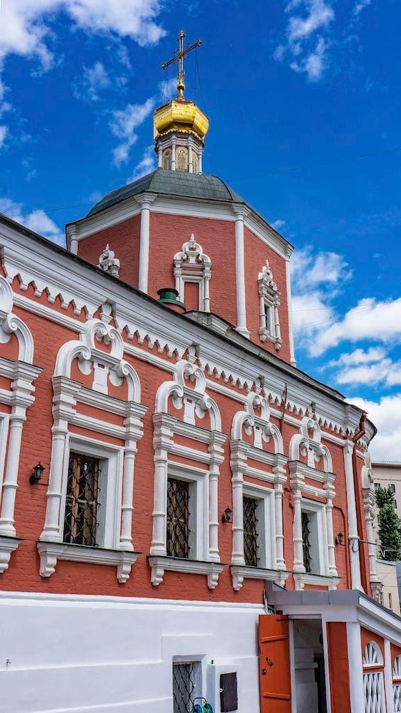 podvore-serbskoj-pravoslavnoj-cerkvi_20