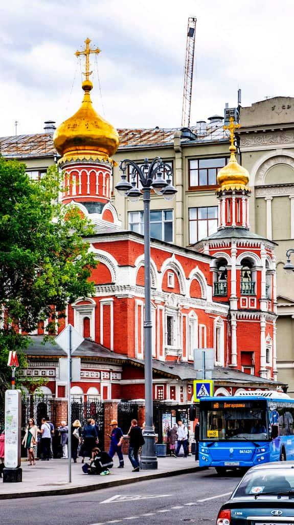 podvore-aleksandrijskoj-pravoslavnoj-cerkvi-v-moskve_05