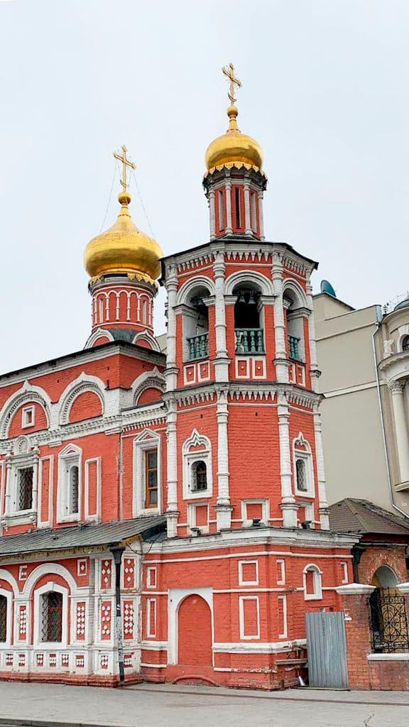 podvore-aleksandrijskoj-pravoslavnoj-cerkvi-v-moskve_06