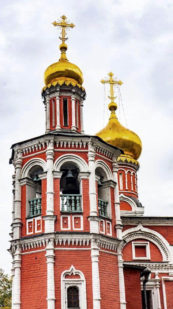 podvore-aleksandrijskoj-pravoslavnoj-cerkvi-v-moskve_07