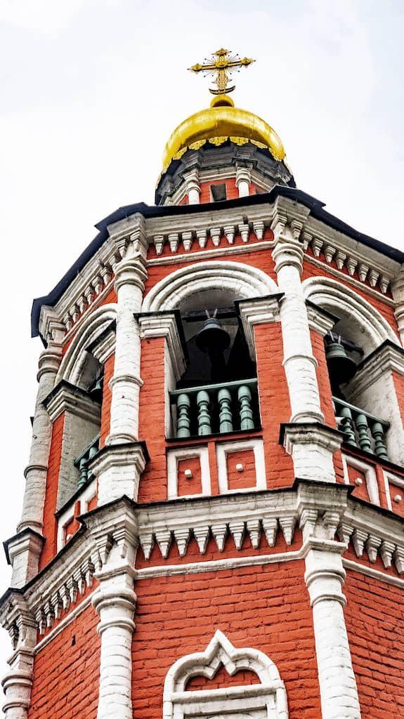 podvore-aleksandrijskoj-pravoslavnoj-cerkvi-v-moskve_08