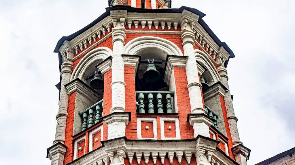 podvore-aleksandrijskoj-pravoslavnoj-cerkvi-v-moskve_09