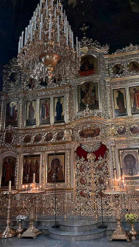 podvore-aleksandrijskoj-pravoslavnoj-cerkvi-v-moskve_15