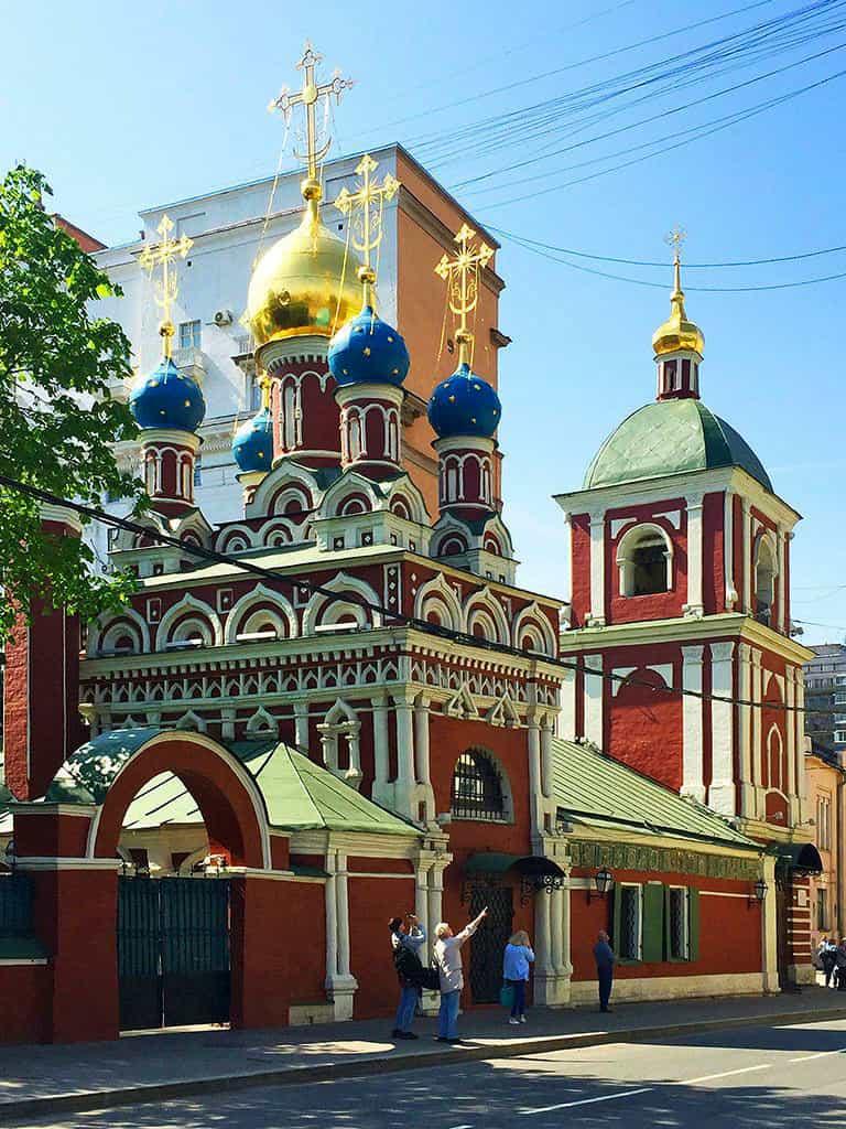 podvore-bolgarskoj-pravoslavnoj-cerkvi-v-moskve_15