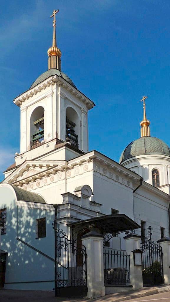 podvore-pravoslavnoj-cerkvi-cheshskih-zemel-i-slovakii_02
