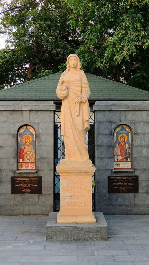 podvore-pravoslavnoj-cerkvi-cheshskih-zemel-i-slovakii_05
