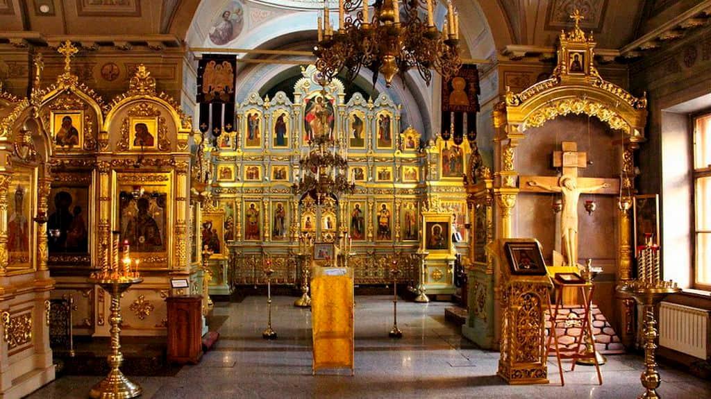 podvore-pravoslavnoj-cerkvi-cheshskih-zemel-i-slovakii_06